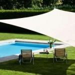 Voile d'ombrage pour un jardin design et frais