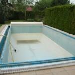 La rénovation du revêtement de la piscine