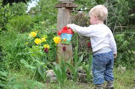 Comment occuper votre enfant dans le jardin ?