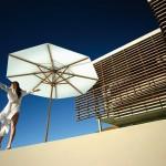 Protégez-vous du soleil avec les parasols