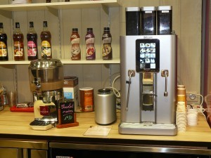 La machine caf le nouvel objet d co de votre maison - Machine a cafe a grain saeco ...