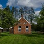 Quel type de terrasse choisir pour une maison en brique?