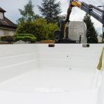 La piscine monocoque et son installation par Une Coque