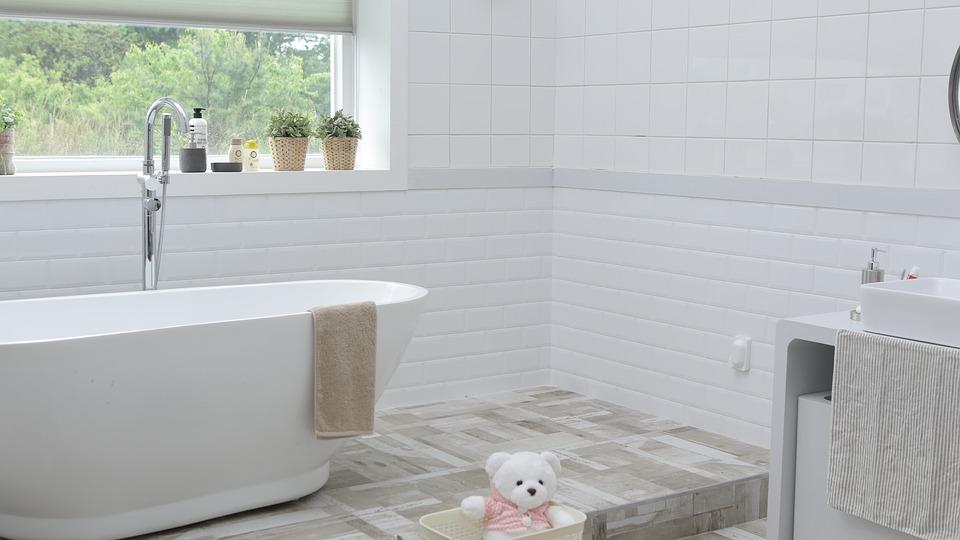 4 idées économiques pour rénover sa salle de bain