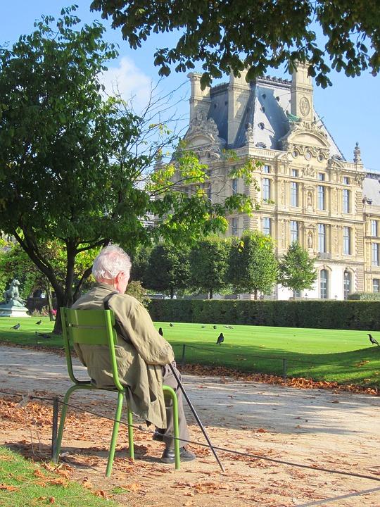 Investir en résidence senior et la norme BBC et RT 2012