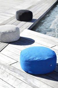 Mobilier d'intérieur design - KONTRAST Pouf OCEAN BLUE by Yndlingsting on CROWDYHOUSE