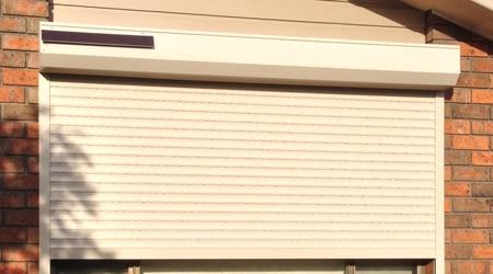 Les bonnes raisons d'installer des volets roulants solaires