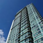 Astuces et solutions pour l'isolation acoustique de votre habitation