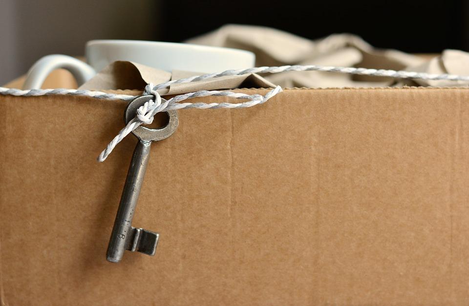 Déménagement : comment faire ses caisses de manière pratique?