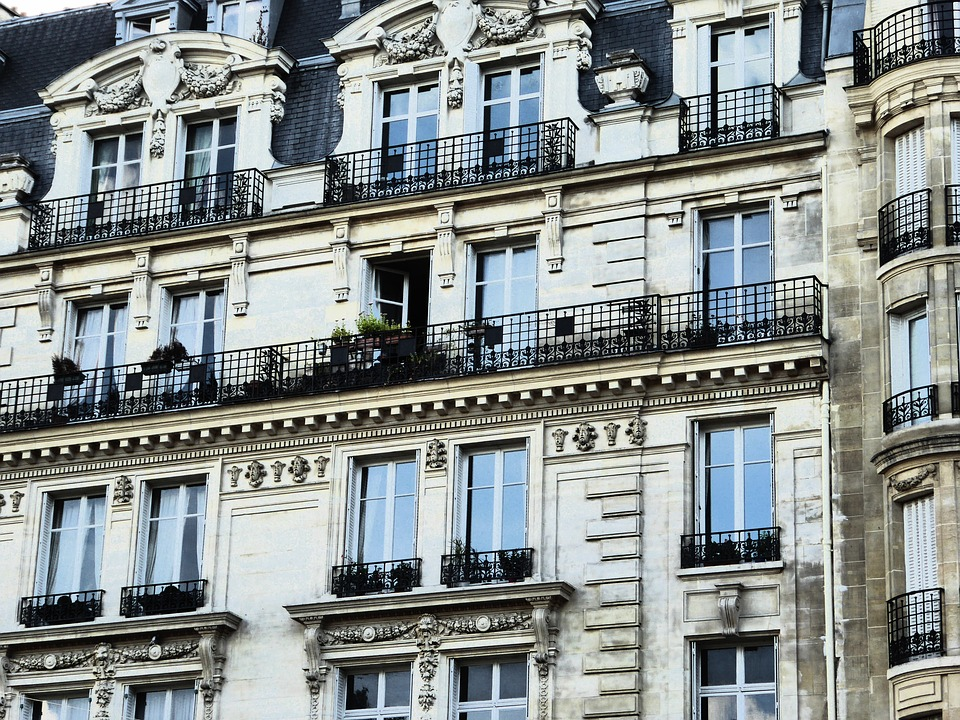 Bâtiments haussmanniens: l'architecture signature de Paris