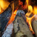 3 façons de réutiliser les cendres de votre poêle à bois