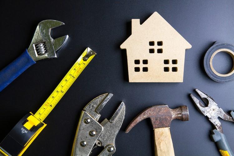 Auto-construction en bois : devriez-vous vous lancer ?