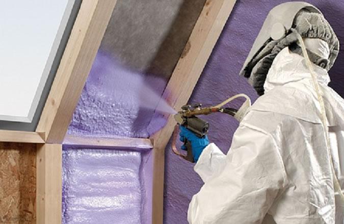 Comment isoler une maison à l'aide du polyuréthane ?