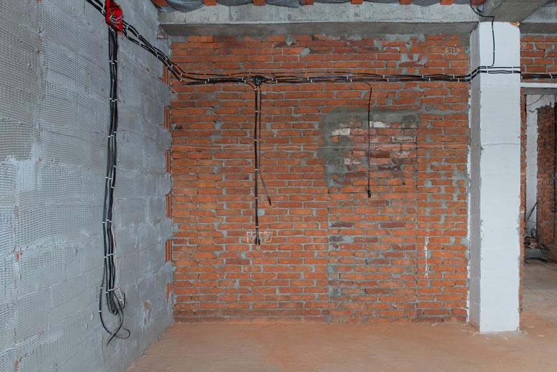 Comment savoir si un mur est porteur avant de l'abattre?